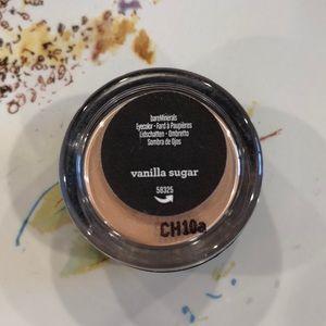 Bare Minerals Eyeshadow in Vanilla Sugar